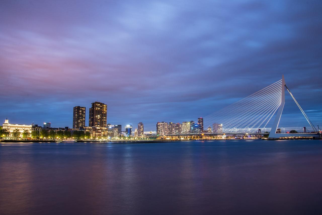 Een auto huren Rotterdam kan zonder gedoe!